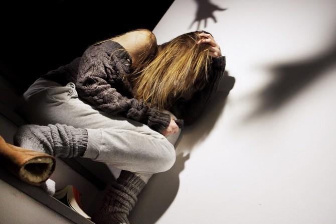 Catania, violenta in auto l'ex compagna dopo litigio: arrestato