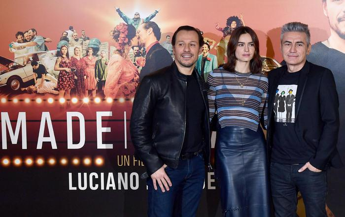 Italian singer and director Luciano Ligabue (R) with Italian actor Stefano Accorsi (L) and Polish-born actress Kasia Smutniak pose during the photocall for the movie ''Made in Italy'' in Rome, Italy, 22 January 2018.      ANSA/ ETTORE FERRARI