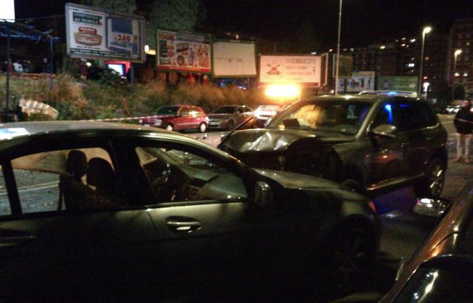 Catania, travolge pedoni e auto in viale Sanzio: almeno 4 feriti