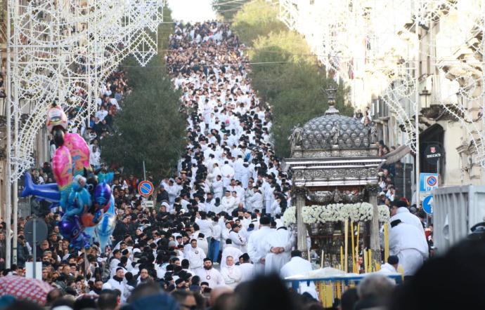 Sant'Agata e la salita annullata: c'è il sospetto di un giro di scommesse sul rientro del Fercolo