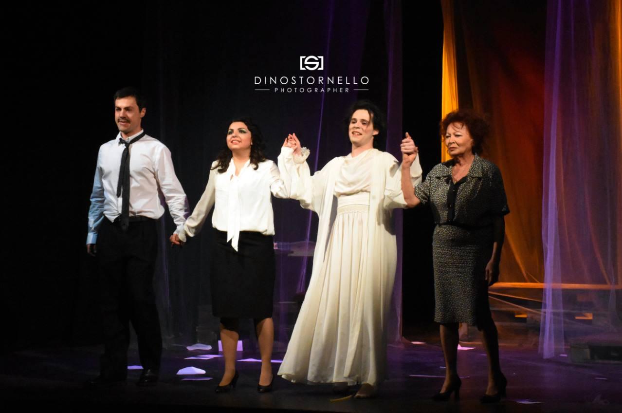 """Applausi a scena aperta per il debutto nazionale di """"Piano, piano dolce Carlotta"""""""