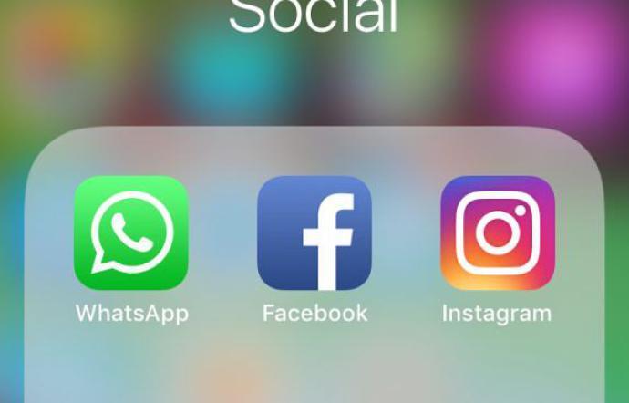 1555249254800.jpeg--facebook__whatsapp_e_instagram_a_singhiozzo__domenica_difficile_per_i_social_network