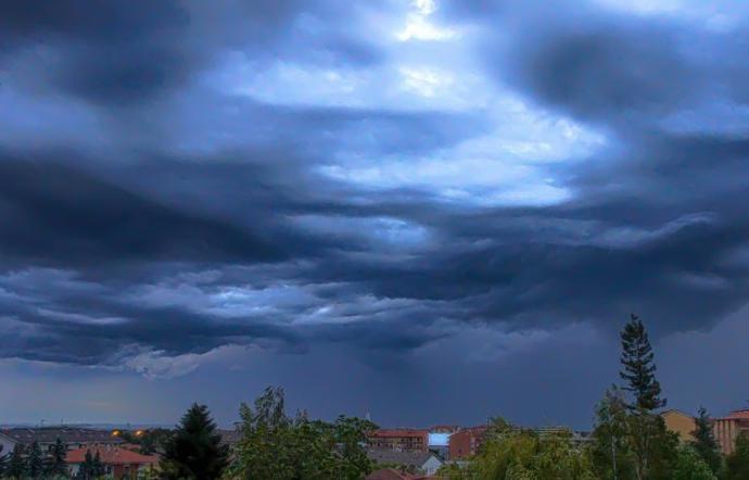 Meteo, In arrivo piogge e venti forti