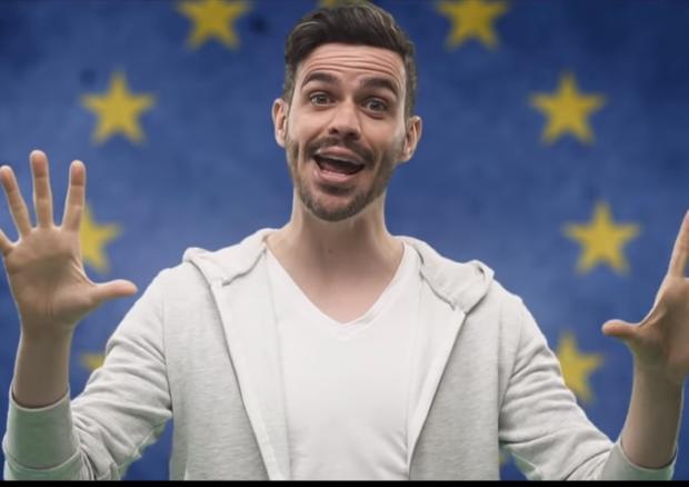 L'Ue neomelodica, la nuova irresistibile colonna sonora di Lorenzo Baglioni per il voto